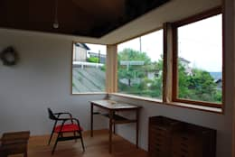 หน้าต่าง by 丸菱建築計画事務所 MALUBISHI ARCHITECTS