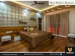 CONTEMPORARY INTERIORS BUNGALOW -RESIDENCE-APARTMENT- VILLA INTERIOR-BEDROOM:   by UNISPACE INTERIOR