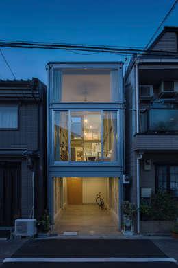 房子 by 山本嘉寛建蓄設計事務所 YYAA