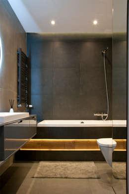 浴室 by SO INTERIORS ARCHITEKTURA WNĘTRZ