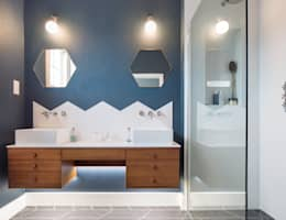 modern Bathroom by Thomas & Spiers Architects