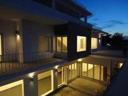 Weekend Bungalow ,Akkarai:  Bungalows by M/s Studio7 Architects
