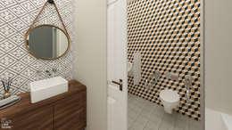 Bathroom: Espaços de restauração  por No Place Like Home ®