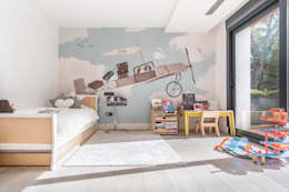 modern Nursery/kid's room by Tarimas de Autor