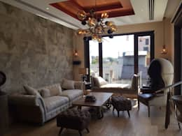 Burst Chandelier in Modern Living Room: modern Living room by Jainsons Emporio