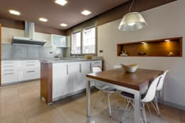 modern Kitchen by Decara