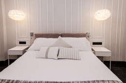 modern Bedroom by CARMAN INTERIORISMO