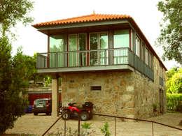 Reabilitação de casa de Quinta: Casas de campo  por José Melo Ferreira, Arquitecto