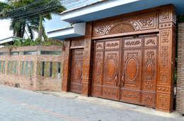 Công trình cổng nhôm đúc tại Bình Dương:  Nhà by Cổng nhôm đúc Thiên Thanh Bảo