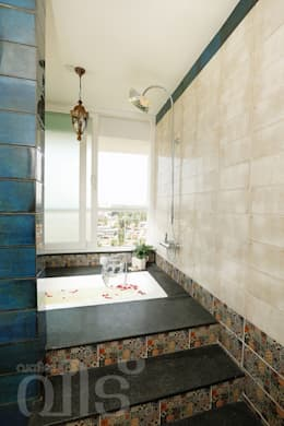 The Rising Sun Apartment: eclectic Bathroom by S Squared Architects Pvt Ltd