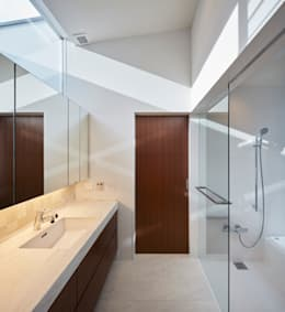 Phòng tắm by 山縣洋建築設計事務所
