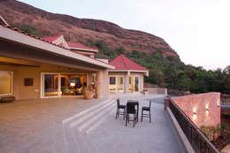 Hakuna Matata:  Terrace by Mahesh Punjabi Associates