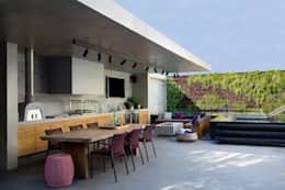 Casas de estilo moderno por Hobjeto Arquitetura