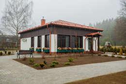 房子 by  Евгения Млынчик