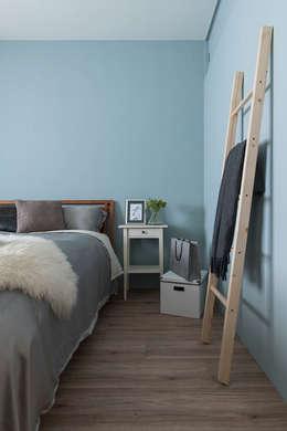 《日向》:  臥室 by 辰林設計