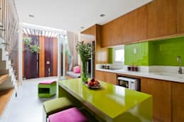Thiết kế và hoàn thiện nội thất nhà phố đẹp:  Phòng ăn by Công ty TNHH Xây Dựng TM – DV Song Phát
