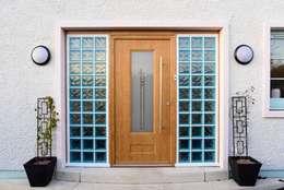أبواب رئيسية تنفيذ Roundhouse Architecture Ltd