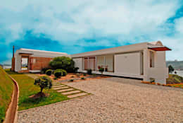 CASA RECREO - EL PEÑOL ANTIOQUIA-: Casas de estilo moderno por FR ARQUITECTURA S.A.S.