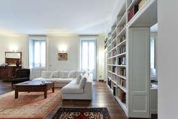 classic Living room by CN Arredamento Design Srl