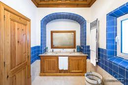 Casa de Banho: Casas de banho mediterrânicas por Pedro Queiroga | Fotógrafo