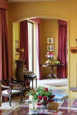 ห้องนั่งเล่น by Francisco Vicuña Balaresque