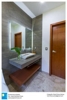 moderne Badezimmer von René Flores Photography