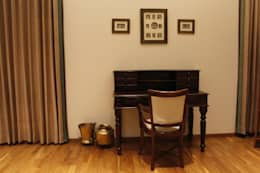 Study area: classic Study/office by RA LIFESTYLES