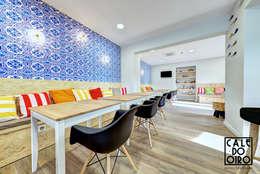 Lounge: Salas de jantar modernas por VON HAFF Interior Design