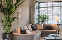 Phòng khách by choc studio interieur
