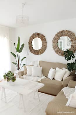 Phòng khách by Neus Conesa Diseño de Interiores