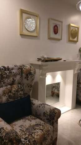 Fireplace in Mystique Moods, Viman Nagar, Pune: minimalistic Living room by Umbrella Tree Designs