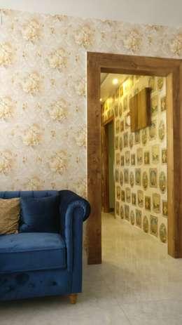 Great Wallpaper in Mystique Moods, Viman Nagar, Pune:  Corridor & hallway by Umbrella Tree Designs