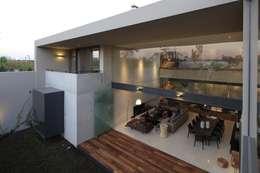 HNN HOUSE: Casas de estilo moderno por Hernandez Silva Arquitectos
