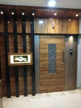 main door:  Doors by KUMAR INTERIOR THANE