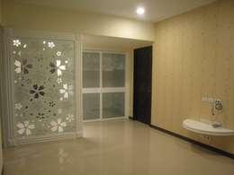 新店張公館:  客廳 by Joy Full Interior Designer 佐輔室內裝修