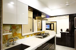 Mr.Ram & Mrs.Lajja Sanghvi: modern Kitchen by PSQUAREDESIGNS