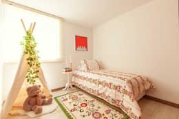 Habitación infantil floral: Dormitorios de estilo  por Maria Mentira Studio