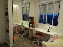 Quarto Apartamento no Taquaral: Quartos de adolescente  por Ambiento Arquitetura