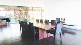 SAlle à manger: Salle à manger de style de style Minimaliste par TAG