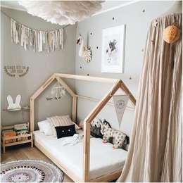 Dormitorios infantiles  de estilo  por Montessori Room