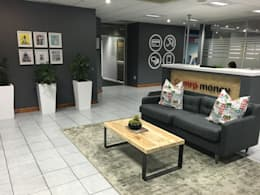 Mr Price Money - Decorating:  Study/office by Just Interior Design
