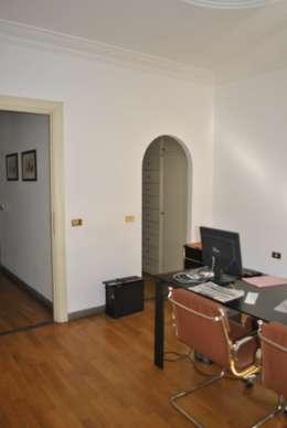 Relooking di ufficio convertito in appartamento a roma for Stanza ufficio roma