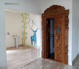 Mr Mahesh Ashwath: modern Living room by Pebblewood.in