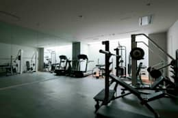 modern Gym by JWA,Jun Watanabe & Associates