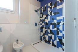 Casa U+M: '800 reloaded: Bagno in stile in stile classico di Architetto Francesco Franchini