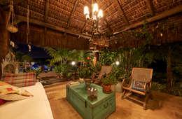 Interior do Gazebo: Terraços  por Maria Luiza Aceituno arquitetos