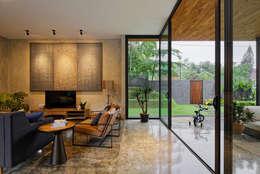 Ruang Keluarga by Tamara Wibowo Architects