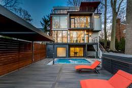 Chesapeake: modern Pool by KUBE Architecture
