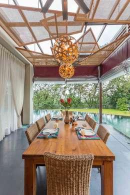 Ruang Makan by MJKanny Architect