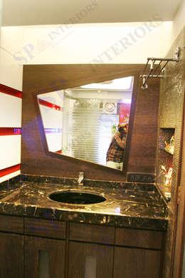 Sagar bajaj: modern Bathroom by SP INTERIORS